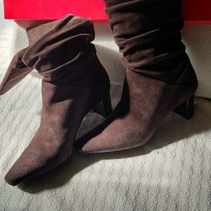 Talbots Brown Suede Boots size 10